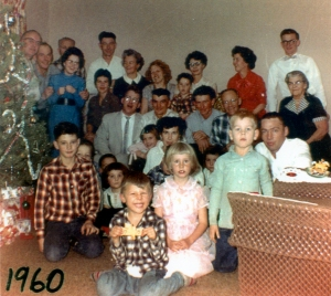 1960-xmast-stuart-esther-dean-lynn-larry